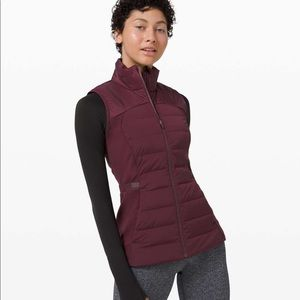 Lululemon Down for it all Vest cassis NWT